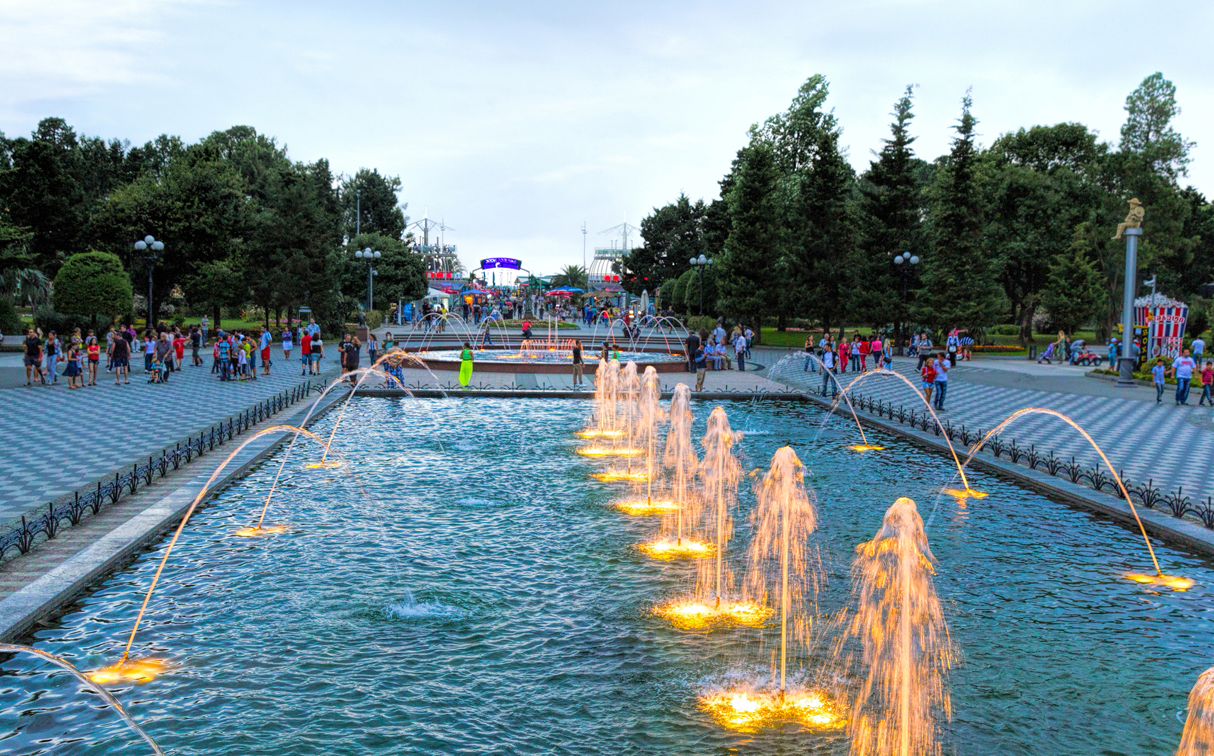 Large LED Fountain Light Array
